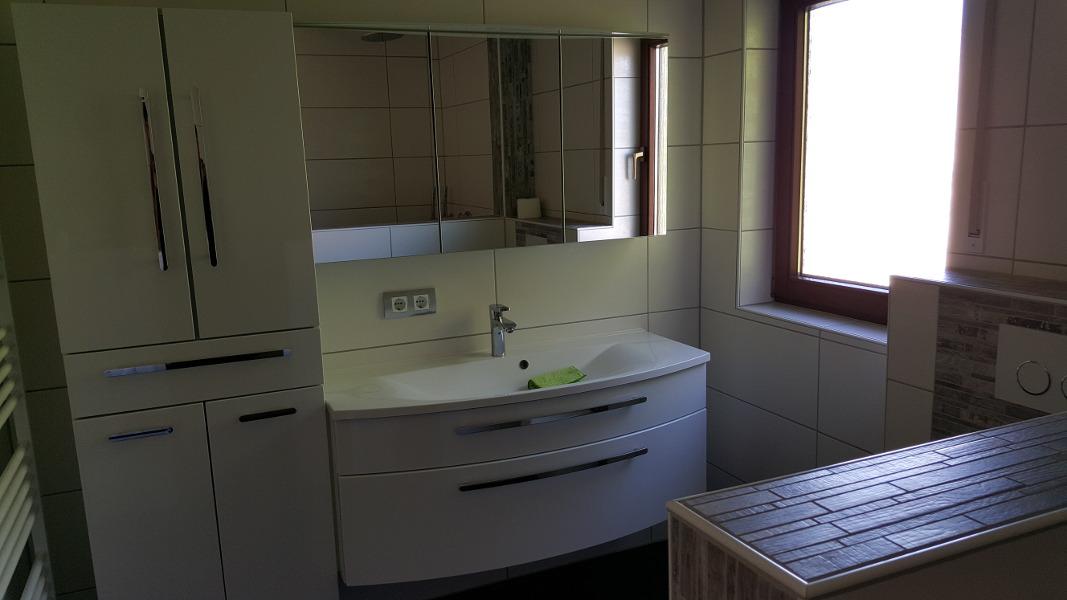 badsanierung 3d badplanung wohlf hlbad sanieren fliesen. Black Bedroom Furniture Sets. Home Design Ideas